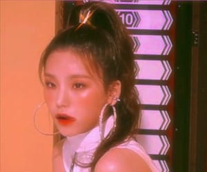 90s, earring, and retro image