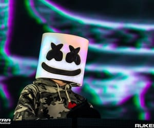 dj and marshmello image