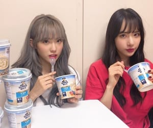 wjsn, luda, and seola image