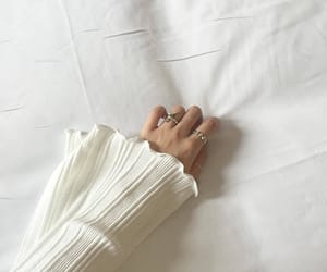 aesthetic, white, and hand image