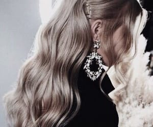 accessoires, hair, and hairstyle image