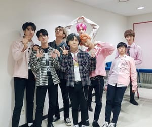 cube, kpop, and pentagon image