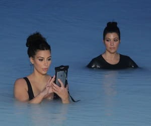 kim kardashian and kourtney kardashian image