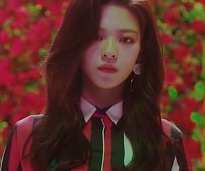 aesthetic, girl, and jeongyeon image