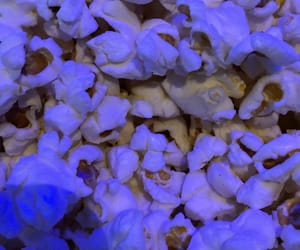 food, popcorn, and wallpaper image
