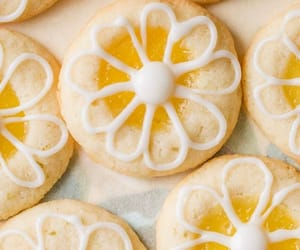 Cookies, food, and delicioso image