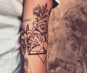 hand, rose, and tatoo image