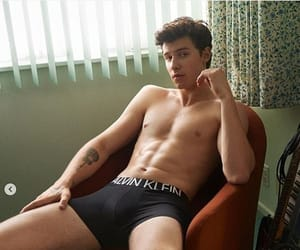 Hot, wow, and shawn mendes image
