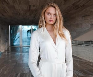 beauty, fashion, and romee strijd image