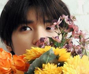 gif, taeyong, and idol image