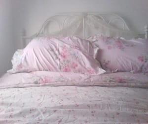 bed, cute, and pastel image