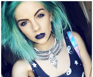 blueeyes, stars, and greenhair image