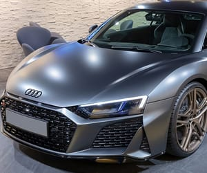 audi r8, r8 v10, and abs system image