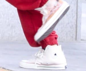 aesthetic, feet, and kpop image