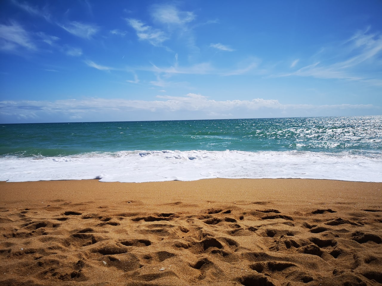Albufeira, love, and article image