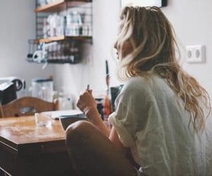 girl, fall, and inspiration image