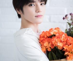 taeyong, kpop, and idol image