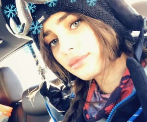 celebrities, girl, and taylor hill image