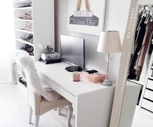 beige, Blanc, and Bureau image