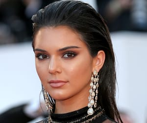 keeping up with the kardashians and kendall jenner image