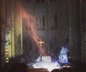 france, incendie, and Notre Dame de Paris image