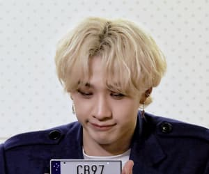 blonde hair, 방찬, and fansign image