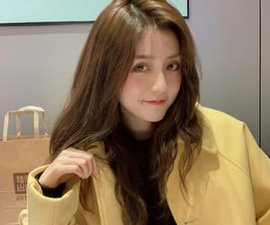 asian girl, ulzzang girl, and korean image