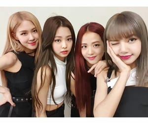 lisa, jennie, and park chaeyoung image