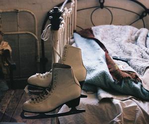 bed, vintage, and skate image
