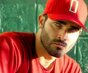 tyler hoechlin and teen wolf image