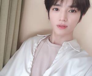 idol, taeyong, and kpop image