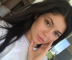 kylie jenner, beauty, and jenner image