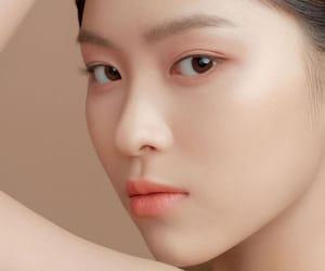 girl, JYP, and chaeryeong image
