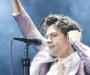 Harry Styles, harry, and harry styles live on tour image