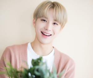kpop, jungwoo, and cute image