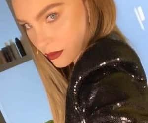 belinda, famosos, and musica image