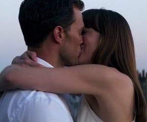 amor, kiss, and romance image