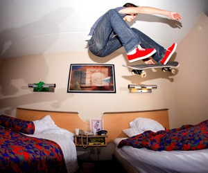 boy, skate, and bed image