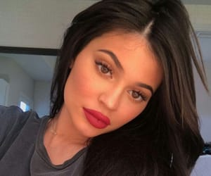 beautiful, kylie jenner, and theme image