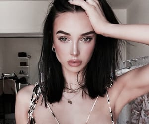 accessories, makeup, and influencer image