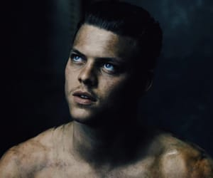 vikings, ivar the boneless, and alex hogh andersen image