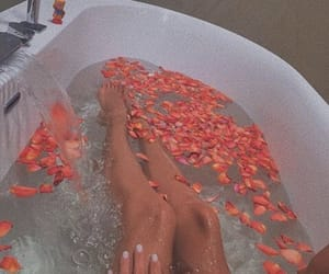 aesthetic, bath, and carefree image