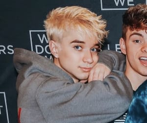 daniel seavey, why don't we, and 8 letters tour image