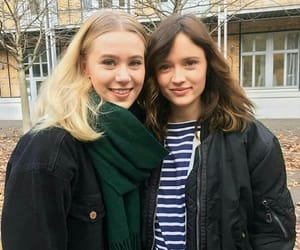 skam, manon, and noora image
