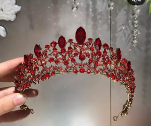 crown and red image