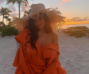 kylie jenner, beach, and kylie image