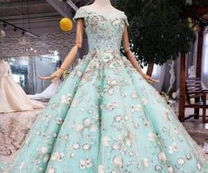 ball gown, beautiful, and quinceanera dresses image