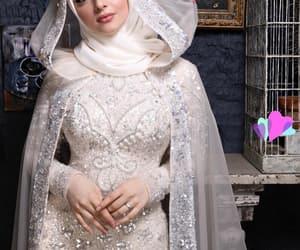 beauty, bride, and diamonds image