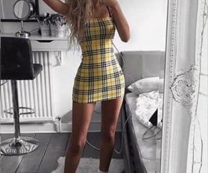 amarillo, girl, and ropa image