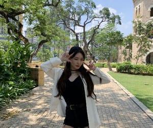 girls, korean, and uzzlang image